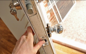 Locksmiths in Oxnard with Lock Changing Services